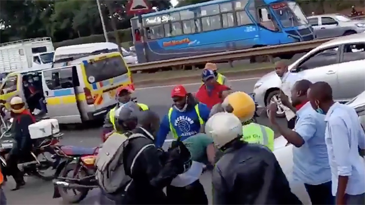 Boda boda operators beating up a motorist on Thika Superhighway. PHOTO/SCREENSHOT